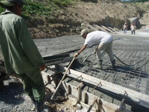 La fundición del nuevo aliviadero de Lebrije requirió de unos 2 000 metros cúbicos de hormigón.
