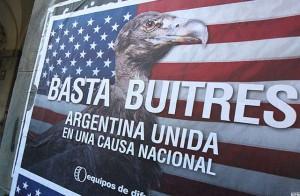 """Cristina Fernández sostuvo que con sus resoluciones el juez Thomas Griesa """"quiere llevarse por delante la soberanía del país""""."""