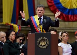 Juan Manuel Santos asumió su segundo período como jefe de Estado de Colombia.