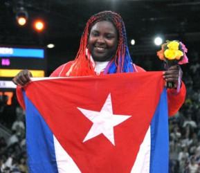 Idalys Ortiz se ratificó como la puntera del orbe.