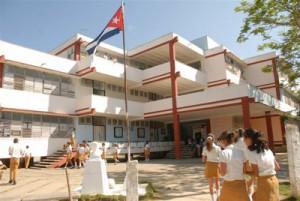 Los alumnos de secundaria básica recibirán tres turnos semanales para la Formación Vocacional y Orientación Profesional.