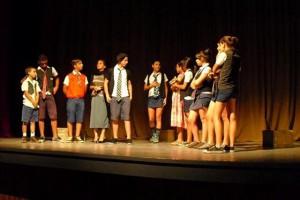 Teatro Espíritu en una de sus presentaciones sobre las tablas del Principal.