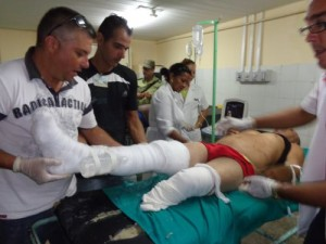 Los lesionados reciben atención médica en el Hospital General Universitario Camilo Cienfuegos.