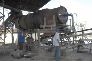 La fábrica de feldespato potásico mantiene niveles sostenidos de producción.