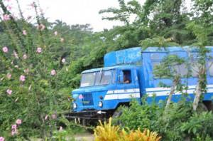 Algunos de los ómnibus que viajan hasta la serranía espirituana exhiben un mayor confort.