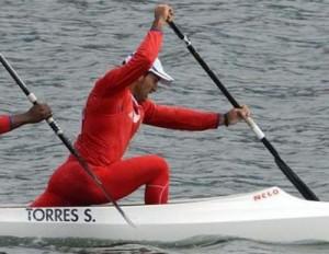 Serguey Torres, lideró el C-2 antillano en calidad de hombre proa. Foto: www.rpctv.com
