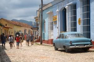 Las calles empedradas y la arquitectura colonial atraen al visitante foráneo.