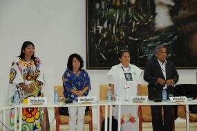 El encuentro de las víctimas con negociadores del Gobierno y la guerrilla constituyó un momento solemne y de gran simbolismo.
