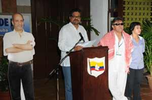 Pareciera que la estrategia es hacer creer que el diálogo ha entrado en la recta final, afirmó Iván Márquez.