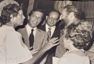 Natalia junto a Fidel Castro.