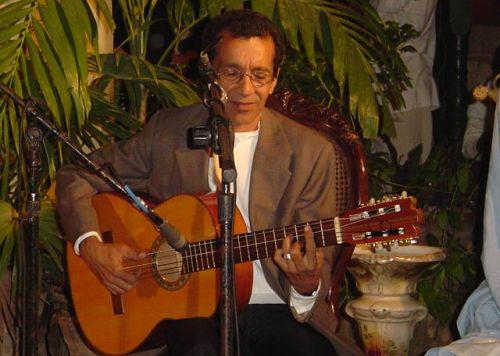 Pedrito recibió en el 2005 la Distinción por la Cultura Nacional