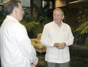 Raúl Castro recibió en la tarde del 8 de septiembre a Meade Kuribreña, durante su visita de trabajo a Cuba.