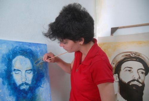 Adriana: El rostro, la barba, su manera de mirar, de sonreír, son detalles que jerarquizo.