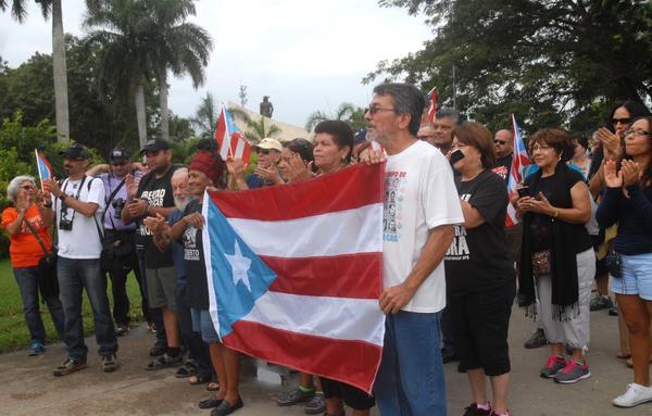 Integrantes de la Brigada de Solidaridad con Cuba Juan Rius Rivera, de Puerto Rico.  FOTO/Oscar ALFONSO