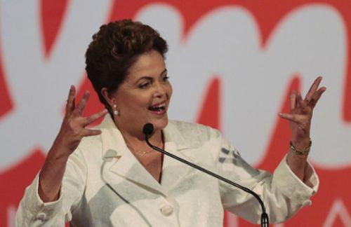 La actual presidenta y candidata por el Partido de los Trabajadores (PT), Dilma Rousseff, fue reelecta con 51,32 por ciento de los votos.