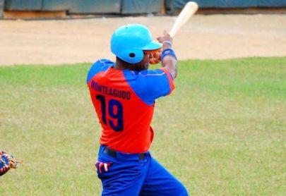 Monteagudo conectó su séptimo cuadrangular de la Serie.