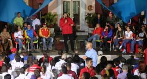 Maduro relanzó este martes la Misión Jóvenes de la Patria, ahora llamada Robert Serra.