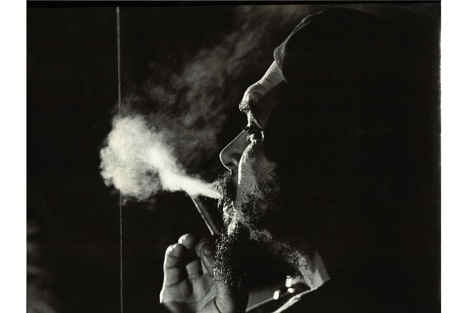Che fumando, foto de Osvaldo Salas.