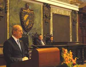 El papel de Cuba en la eliminación de armas de destrucción masiva en general y de armas químicas ha sido muy importante y bien considerado por la comunidad internacional, resaltó Üzümcü.