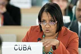 """""""Instamos a Estados Unidos a adoptar las medidas pertinentes para poner fin a esta política"""", señaló la embajadora."""