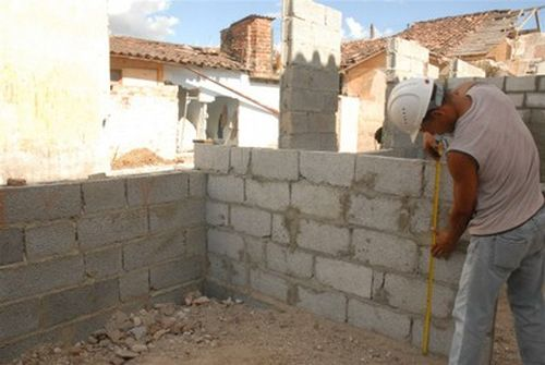 A partir del próximo año comenzará la entrega de solares para la construcción de viviendas.