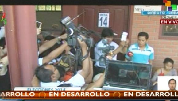Evo exhortó a todos bolivianos ejercer su derecho a sufragar.