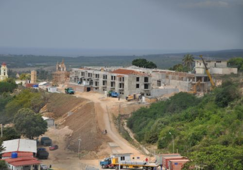 El Ministerio de Turismo tiene atrasos en los hoteles Pansea y Palacio Iznaga.