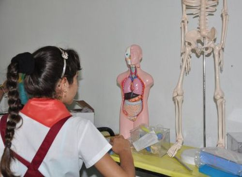 Los laboratorios de Ciencias Naturales tienen ahora mejores condiciones para el aprendizaje.