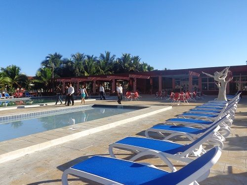 La piscina de Los Laureles cuenta con equipamiento técnico de última generación.