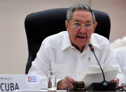 El Presidente Raúl Castro inaugura la Cumbre Extraordinaria del ALBA-TCP sobre el Ébola.