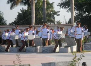 Los restos de una veintena de combatientes del Frente Norte de Las Villas fueron inhumados en el mausoleo del Complejo Histórico Camilo Cienfuegos.