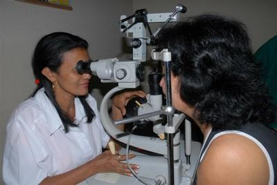 Más de 200 espirituanos padecen retinosis pigmentaria.
