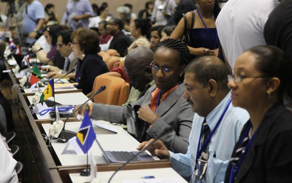 La Reunión Técnica de Especialistas y Directivos para la Prevención y el Enfrentamiento al Ébola sesionó en La Habana. Foto Ismael Francisco.