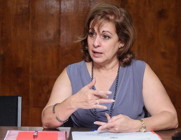 Maria Esther Reus González, Ministra de Justicia.