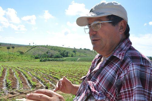 Para Mario Fiallo la atención a los campesinos es la clave de los resultados productivos.