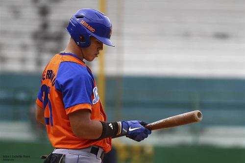 Luis Serrano, de 20 años, 1.87 m de estatura y 92 kg de peso, es uno de los mayores prospectos del béisbol espirituano. (Foto: Aslam I. Castellón Maure)