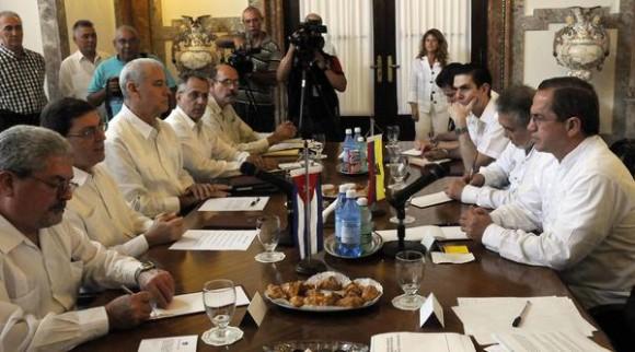 El canciller cubano agradeció el apoyo de Ecuador contra el bloqueo impuesto por EE.UU.