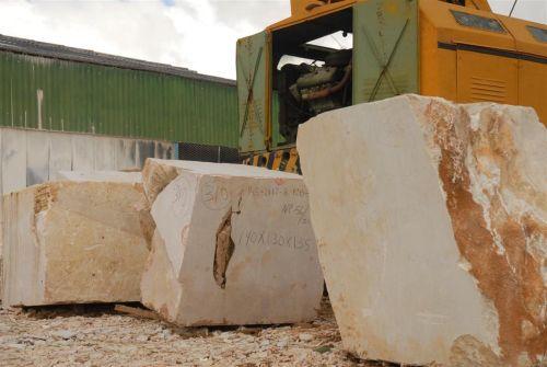 Cuba tiene experiencia luego de décadas de extracción, procesamiento y exportación de sus diversos tipos de mármoles.