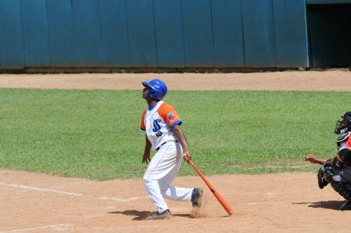 Monteagudo despachó su octavo cuadrangular de la temporada.