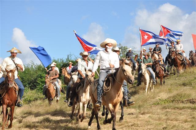 Una caballería compuesta por campesinos de la zona rememoró la hazaña mambisa.