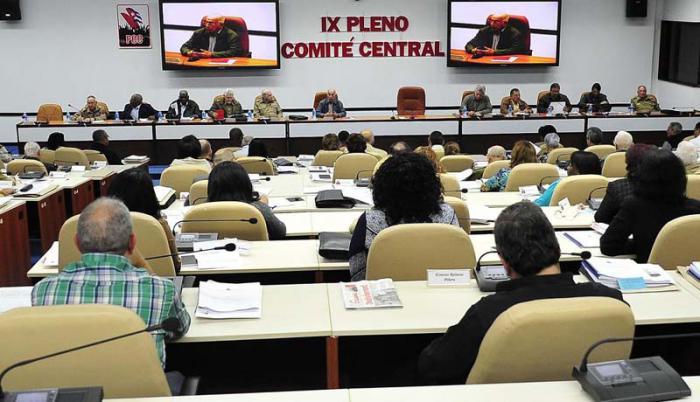 Los integrantes del Comité Central conocieron sobre el Plan de la Economía y el Presupuesto del Estado para el 2015.