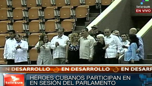 Telesur reflejó la presencia de los héroes cubanos en la clausura del Parlamento nacional.