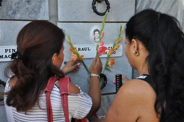 Detalles del homenaje a los mártires internacionalistas en Sancti Spíritus.