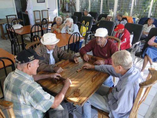 adulto mayor, envejecimiento poblacional, cuba,