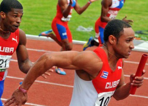 Yaniel Carrero regresó con un par de medallas de Veracruz.