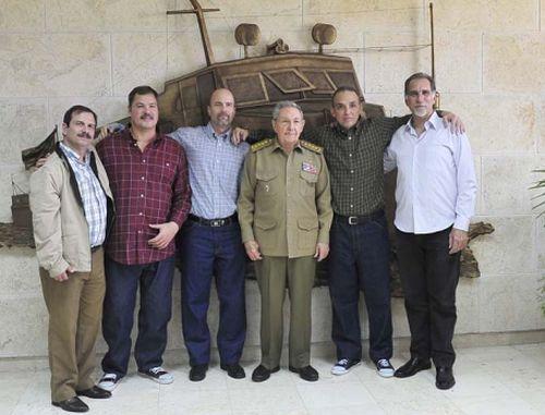 raul castro, cuba, antiterroristas cubanos, cinco heroes