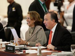 Entre los comunicados oficiales sancionados por los cancilleres destaca uno referido al bloqueo impuesto por Estados Unidos contra Cuba.