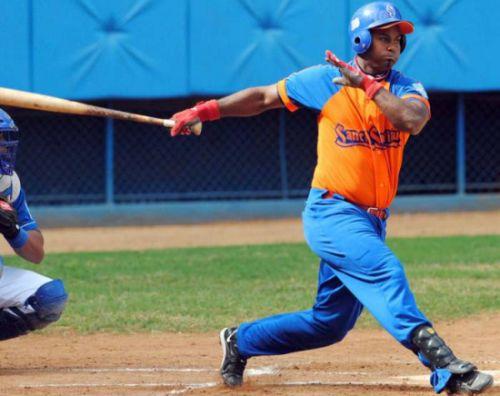 yunier mendoza, sancti spiritus, gallos, serie 54 de beisbol