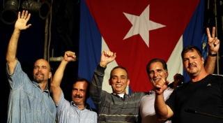 Grandes carteles con el rótulo Free the Cuban Five recordaron a los presentes las luchas desde la Gran Manzana a favor del regreso a Cuba de los Cinco.