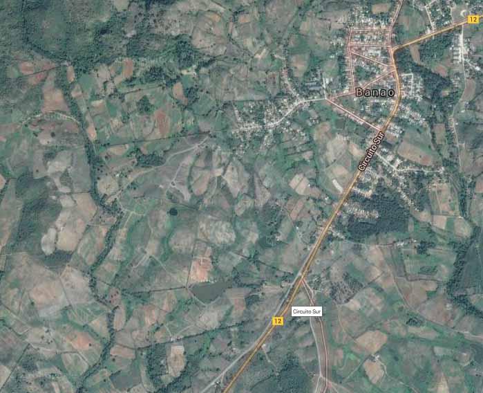 Los Limpios resulta una zona agropecuaria que se ubica al sur de Banao, bordeando la carretera Sancti Spíritus-Trinidad.